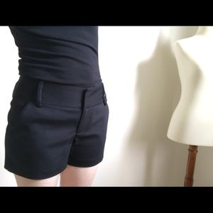 Alicia and Olivia Black Sateen shorts size 0